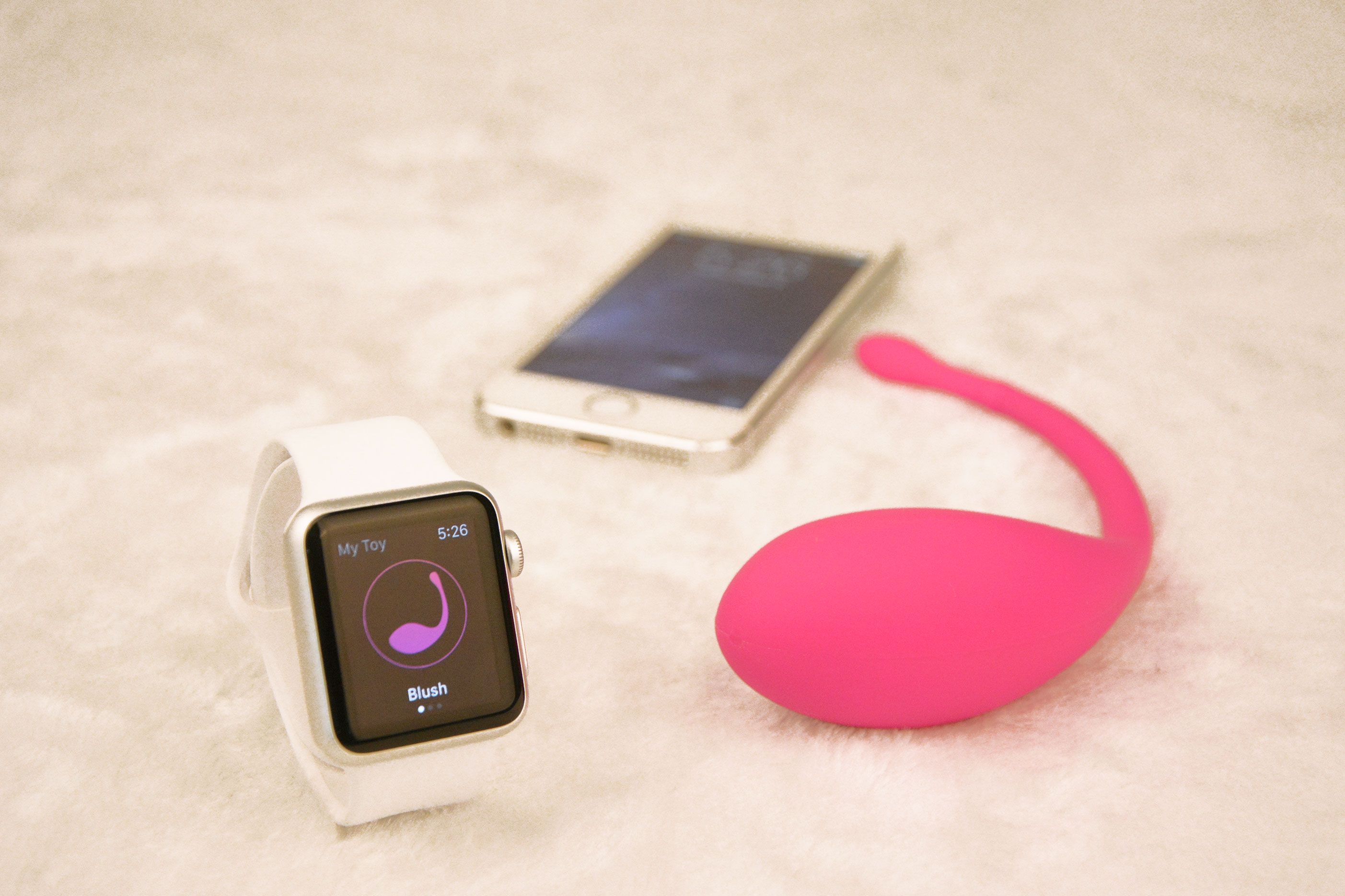 iPhone-Watch-and-Blush-2
